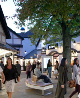 autism friendly evenings at Cheshire Oaks