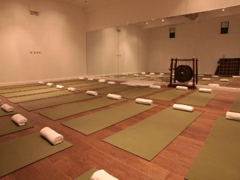 five of the best liverpool yoga classes suitable for all. Black Bedroom Furniture Sets. Home Design Ideas