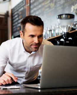 business start-up, man pictured at his laptop