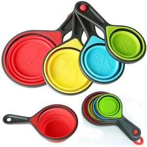 colourful foldable measuring spoons