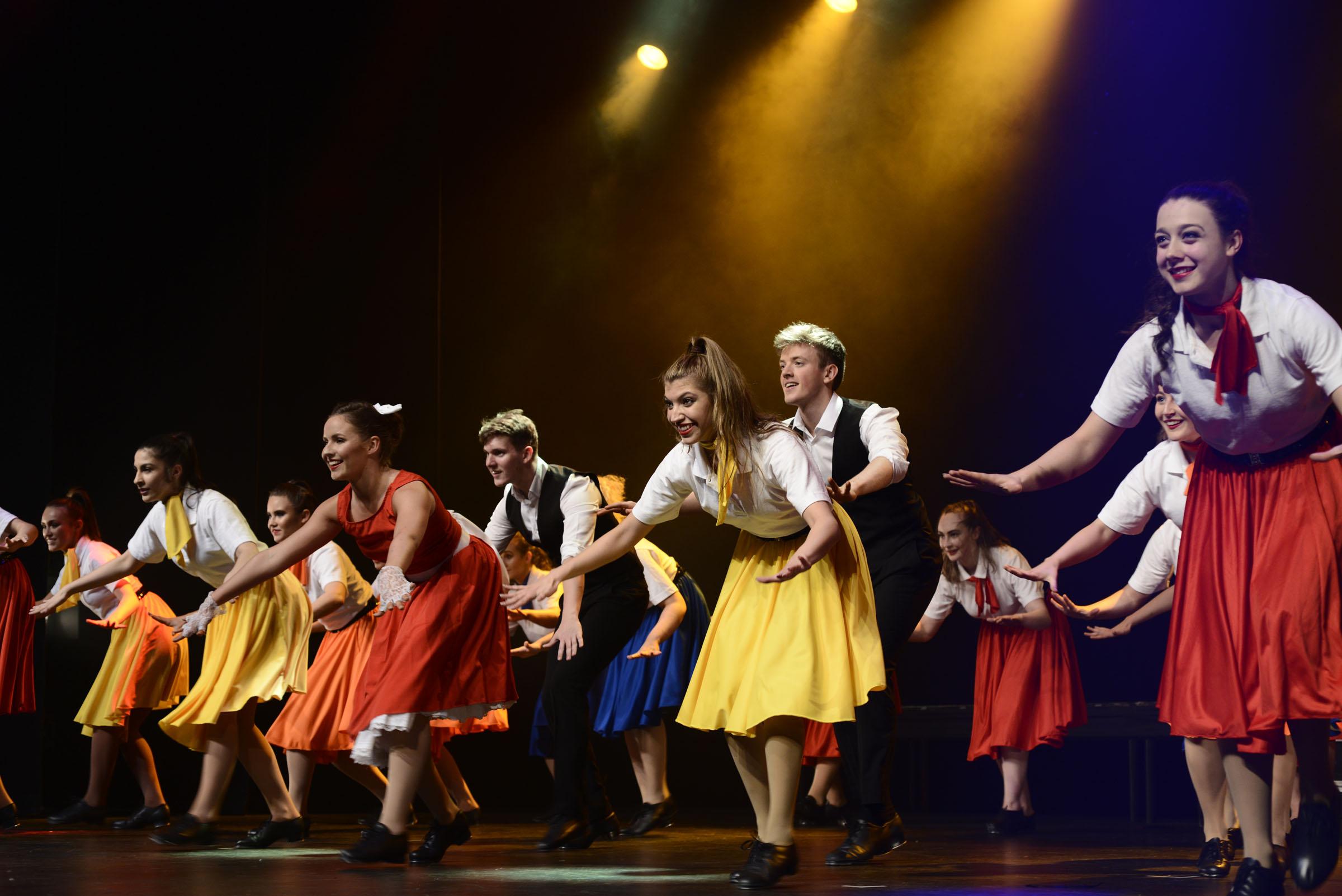 schools theater program - HD2400×1602