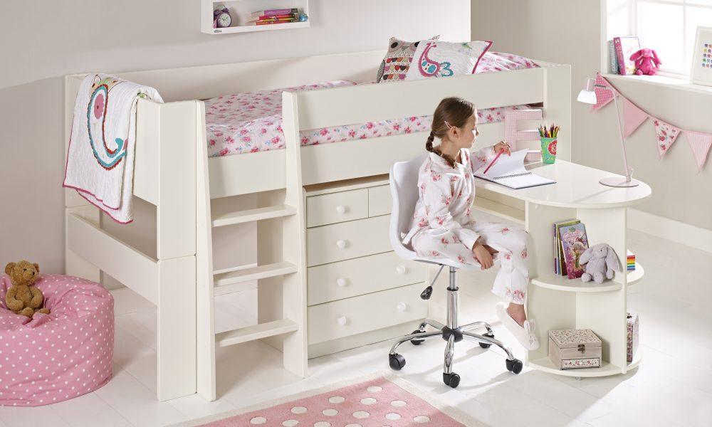 child's bedroom 4
